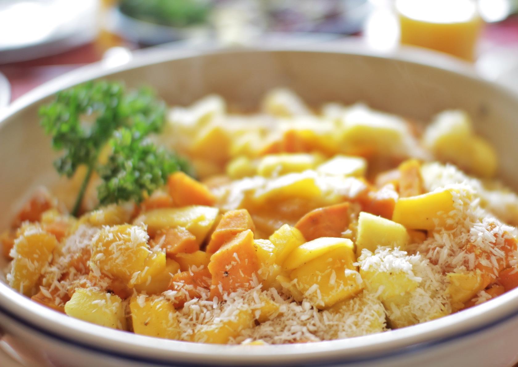Suesskartoffel Ananas Mango Kokos Curry Paleo