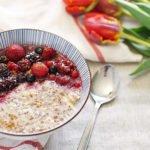 Paleo Porridge mit Früchten